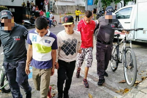 Capturadas tres personas por comprar artículos robados