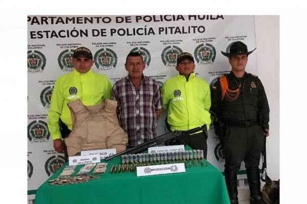 Excombatiente de las FARC tenia atemorizada a la comunidad