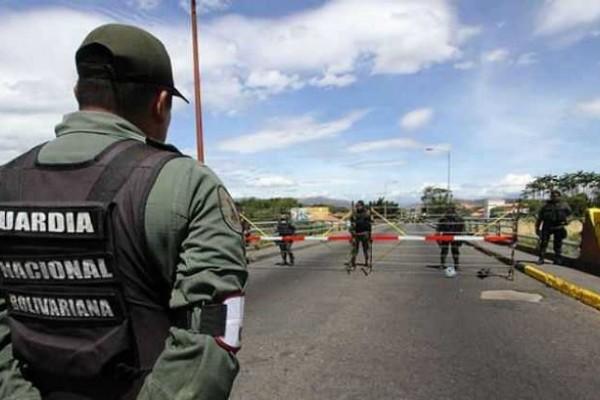 Guardias venezolanos resultaron muertos en medio de combates con ELN