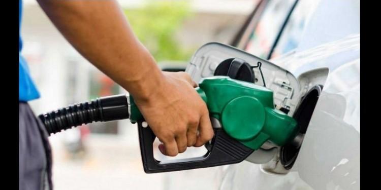 Bajan los precios de la gasolina corriente y del diésel en Colombia