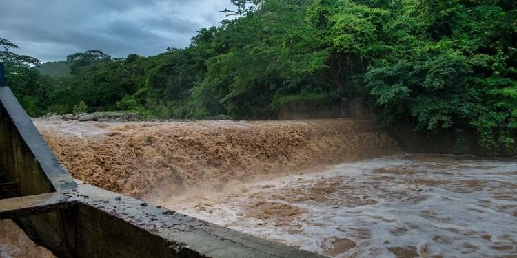 Alerta amarilla en el río Las Ceibas