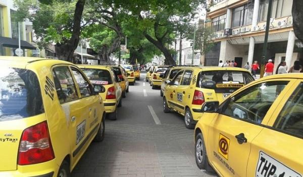 Taxistas en Neiva protestarán