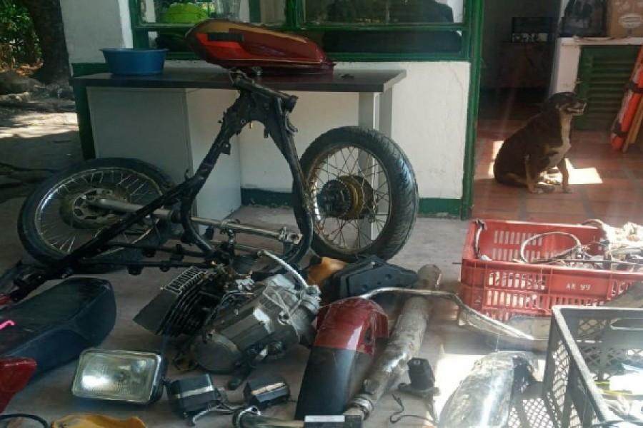 Moto hurtada fue hallado deshuesada en Neiva