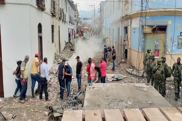 Explota carro bomba frente a una Alcaldía en el Cauca